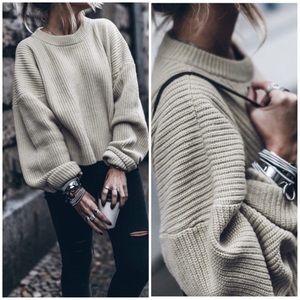 Sweaters - Khaki classic oversized sweater